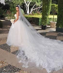 vera wang bridal collection spring 2013 niima melusi boa With kim kardashian s wedding dress