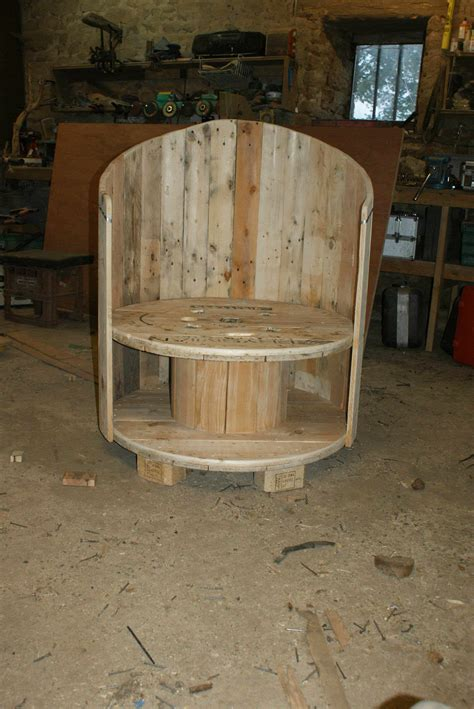reclaimed cable drum pallet wood  chair larry