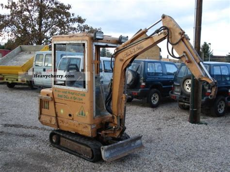 case ck   minikompact digger construction equipment photo  specs