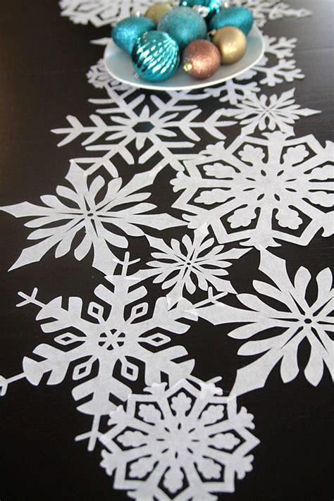 snowflake diy table runner favecraftscom