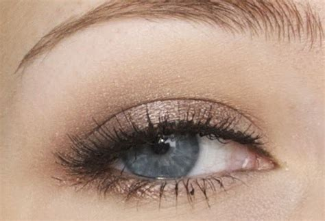delightful gazette eotd smokey taupe  falsies