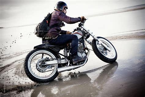 dr 350 custom flat tracker by sankakel moto suzuki vintage cross scrambler bobber thats cool