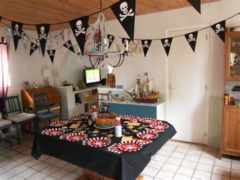 deco chambre pirate deco pirate anniversaire meilleures images d 39 inspiration