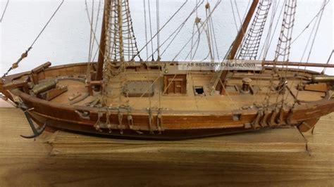 Le Mit Holz le hussard 1848 holz schiffsmodell mit baupl 228 nen