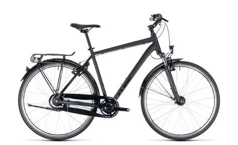 fahrrad trekking herren cube town pro comfort herren trekking fahrrad schwarz 2018 top marken kaufen 187 we cycle