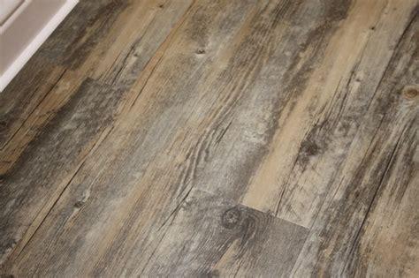 waterproof wood laminate flooring barnyard grey wood plastic composite waterproof laminate