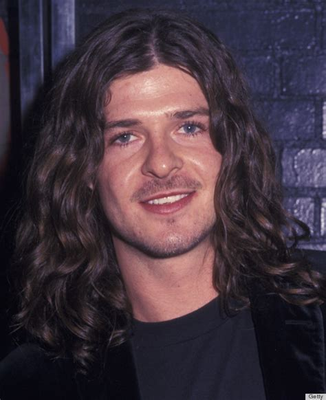 In 2002, Robin Thicke Was A Long Haired Hippy – Sick Chirpse
