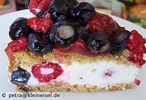 Kleine Torten 20 Cm : beeren joghurt torte runde form 20 cm kleine kuchen pinterest joghurt torte joghurt und ~ Markanthonyermac.com Haus und Dekorationen