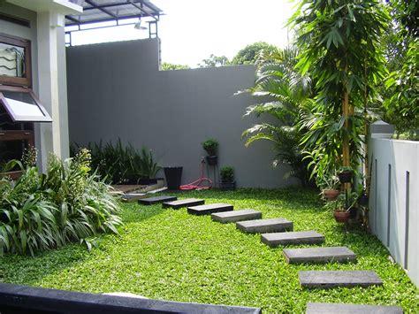 program desain taman rumah sudut depan rumah taman