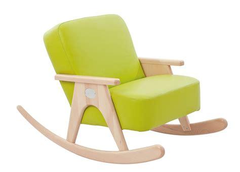 chaise à bascule pas cher fauteuil a bascule pas cher swyze com