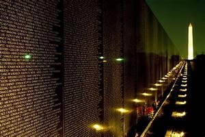 Vietnam Veterans Memorial Wall Traveling ExhibitShow Info