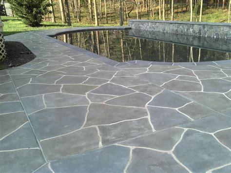 Limestone Pool Deck