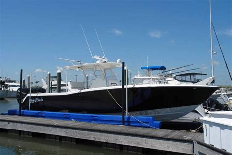 Invincible Boats Construction by 2008 36 Invincible Center Console Yacht For Sale The