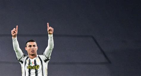 Cristiano Ronaldo equals Lionel Messi's Champions League ...
