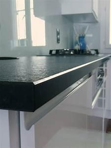 Plan De Travail Granit : granit noir zimbabwe notre fiche pratique ~ Dailycaller-alerts.com Idées de Décoration