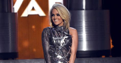 Carrie Underwood's Acm Awards 2016 Performance Video