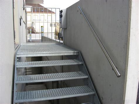 escalier en caillebotis metallique j cl perrenoud 187 escalier 224 marches caillebotis