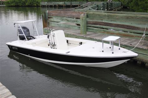 Hewes Boats by Research 2013 Hewes Boats Redfisher 18 On Iboats