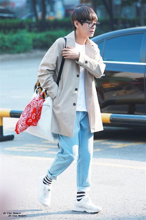 43 best images about BTS V Airport Fashion on Pinterest | BTS Incheon and Posts