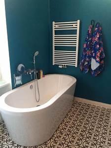 Wand In Petrol : die besten 25 wandfarbe petrol ideen auf pinterest farbe petrol blau gr n schlafzimmer und ~ Sanjose-hotels-ca.com Haus und Dekorationen