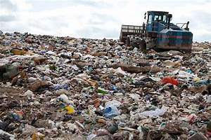 Living near landfill can significantly raise risk of lung ...