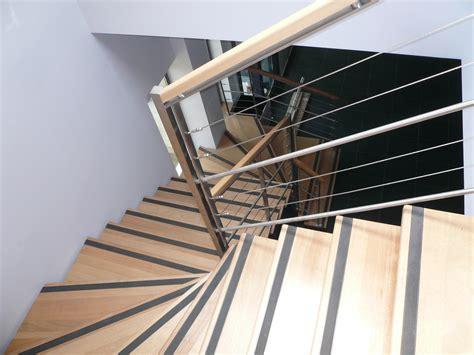 escalier sur mesure marseille escalier bois tournant obasinc