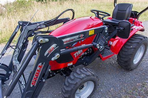 traktor mit frontlader kaufen tym traktor t273 hst mit frontlader kommunaltraktoren