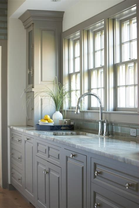 gray kitchen cabinets benjamin moore great ideas for gray kitchen cabinets postcards from the 265   beach style kitchen