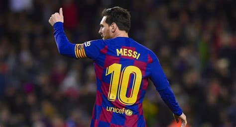 Mar 30, 2021 · lionel messi is a soccer player with fc barcelona and the argentina national team. Lionel Messi se queda en el Barcelona hasta el 2021, según ...