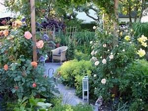 Rosen Für Rosenbogen : gartengestaltung rosen rosenbogen rosenbeet ~ Orissabook.com Haus und Dekorationen
