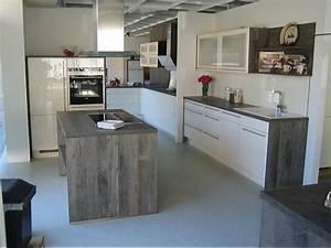 Küchenschränke Einzeln Hochglanz : nobilia k chen magnolia hochglanz ~ Indierocktalk.com Haus und Dekorationen