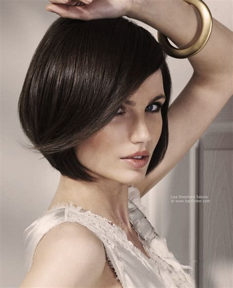 Smooth bob with a touch of flapper and length just below