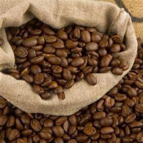 In that case, gourmet coffee beans can be ideal because they're already specially chosen and when you're looking at gourmet coffee beans, you literally have hundreds of choices, and that. Hazelnut Flavored Coffee Beans High Grade Arabica Best Coffee Crisp, Crunchy Hazelnuts 1 Pound ...