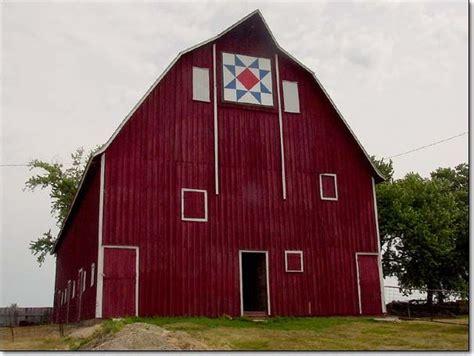 17 Best Ideas About Farmhouse Quilts On Pinterest