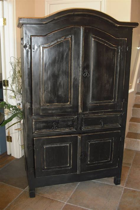 Bedroom Furniture Armoire
