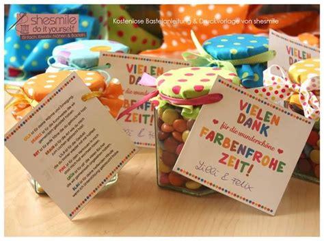 einfaches selbstgemachtes geschenk abschiedsgeschenk danke f 252 r die farbenfrohe zeit basteln mit kindern geschenke zum