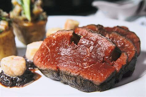 chateaubriand cuisine gpo grand times prime s signature dish the chateaubriand