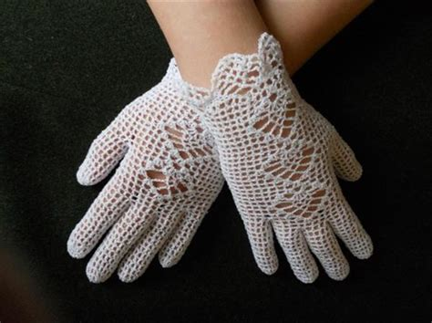 11 DIY Inspired Gloves Pattern   DIY and Crafts