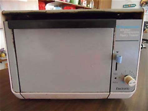 under cabinet 4 slice toaster toastmaster kitchen dimensions under cabinet pastry toaster