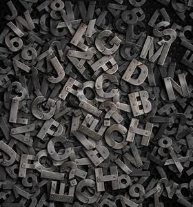 Buchstaben Schablone Metall : alte metall buchstaben hintergrund stockfoto colourbox ~ Frokenaadalensverden.com Haus und Dekorationen