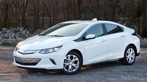 2016 Chevrolet Volt Quick Spin Review