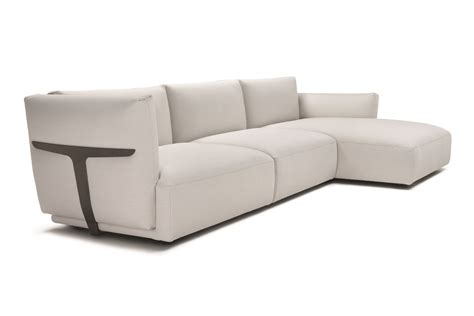 canap italien design natuzzi 3rings natuzzi launches four sofas for high point