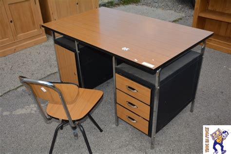 ensemble bureau ensemble bureau et chaise torck troc en stock