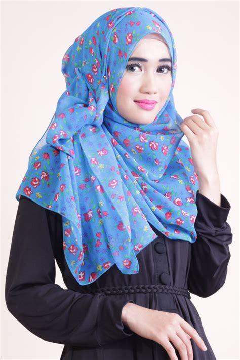 inspirasi model hijab  simple modis stylish