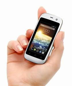 Meet The World 39 S Smallest Smartphone Ibtimes India