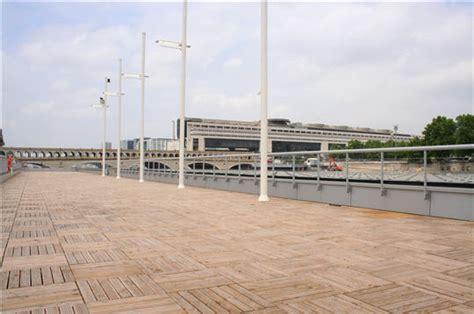 piscine sur seine port de la gare quai fran 231 ois mauriac 75013