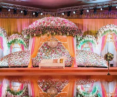 Pin by Yagyaswori Raje on Stage Wedding stage