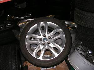 Jaguar X-type 17-inch Rims With Used Tyres