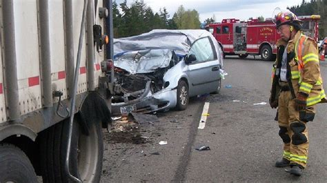 Police Continue To Investigate Fatal Hwy 20 Crash Near