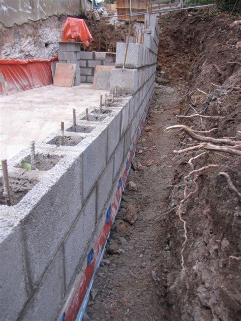 concrete retaining wall construction concrete block retaining wall construction quotes